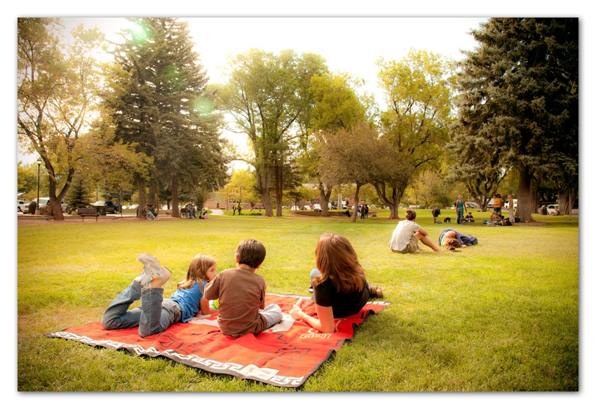 Family having picnic at Wheeler Park Flagstaff Arizona